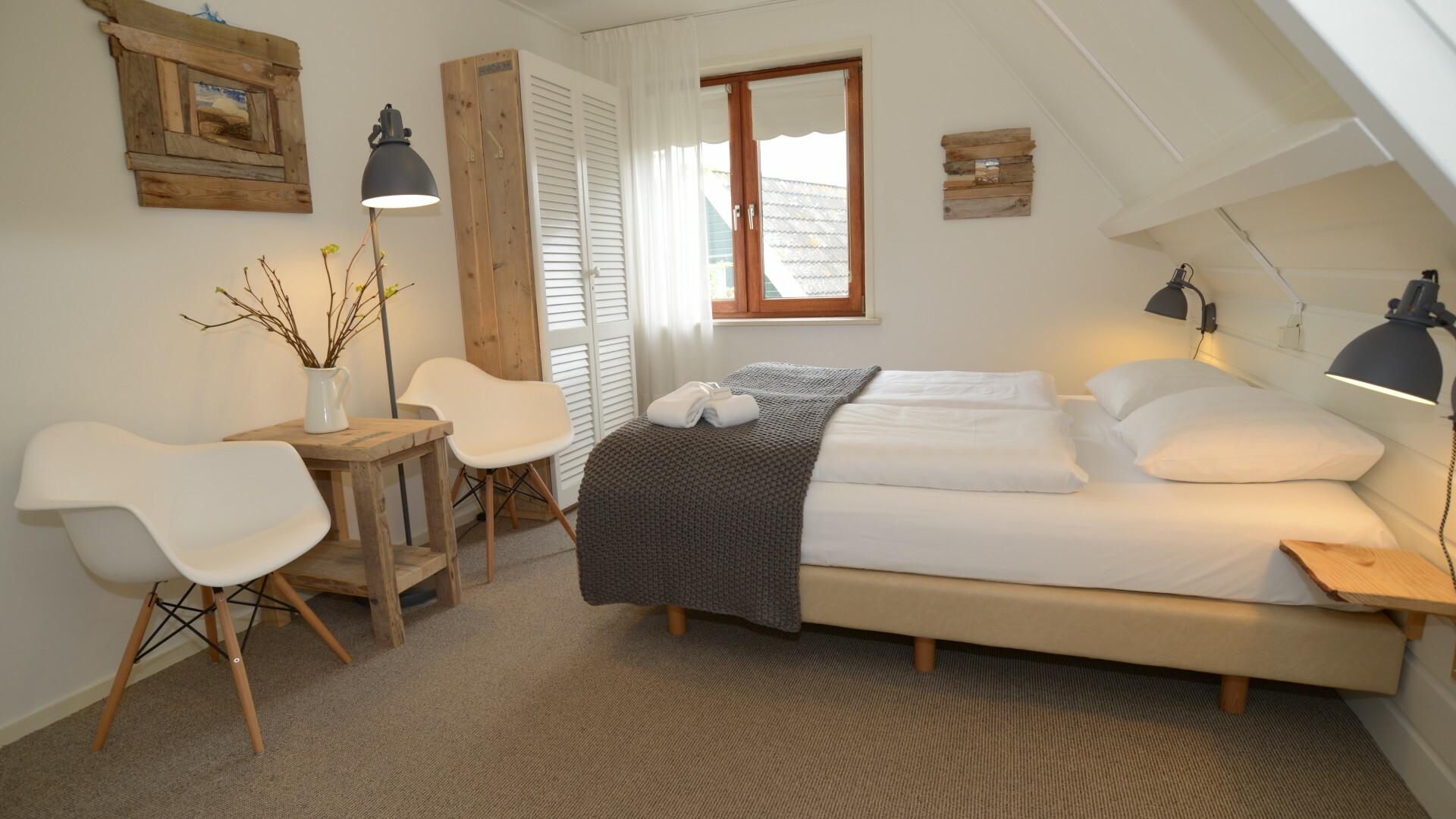 Slaapkamer Hotel De Waal VVV Texel