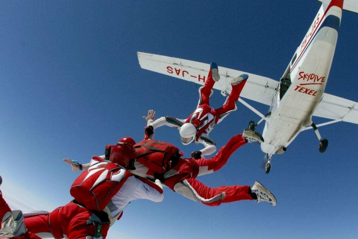 Paracentrum Texel parachutespringen VVV Texel