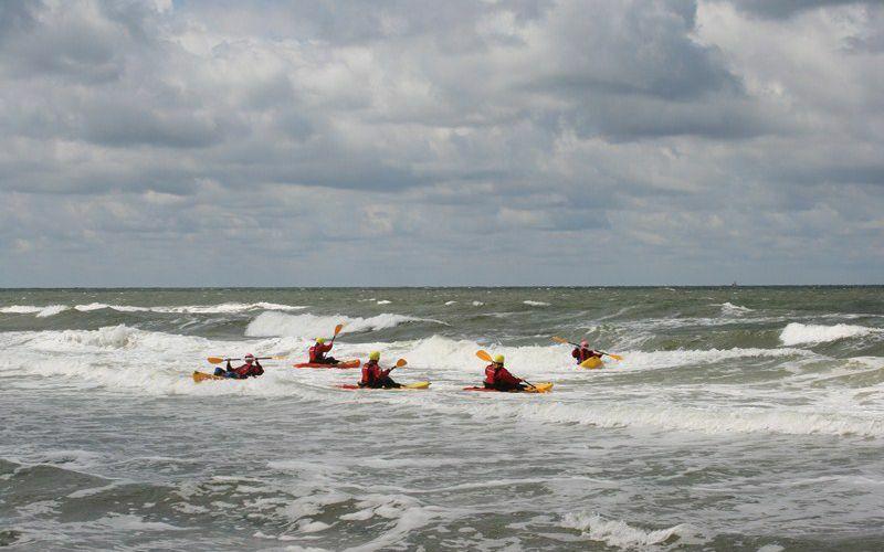 Kajakken op zee Texel Active VVV Texel