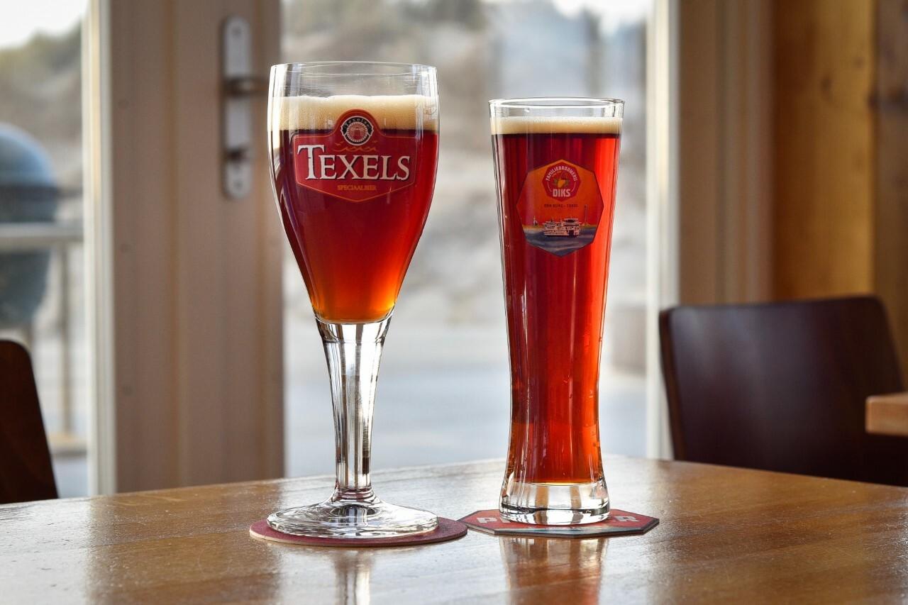 Texelse bockbiertjes van Texelse Bierbrouwerij en Familiebrouwerij DIKS VVV Texel
