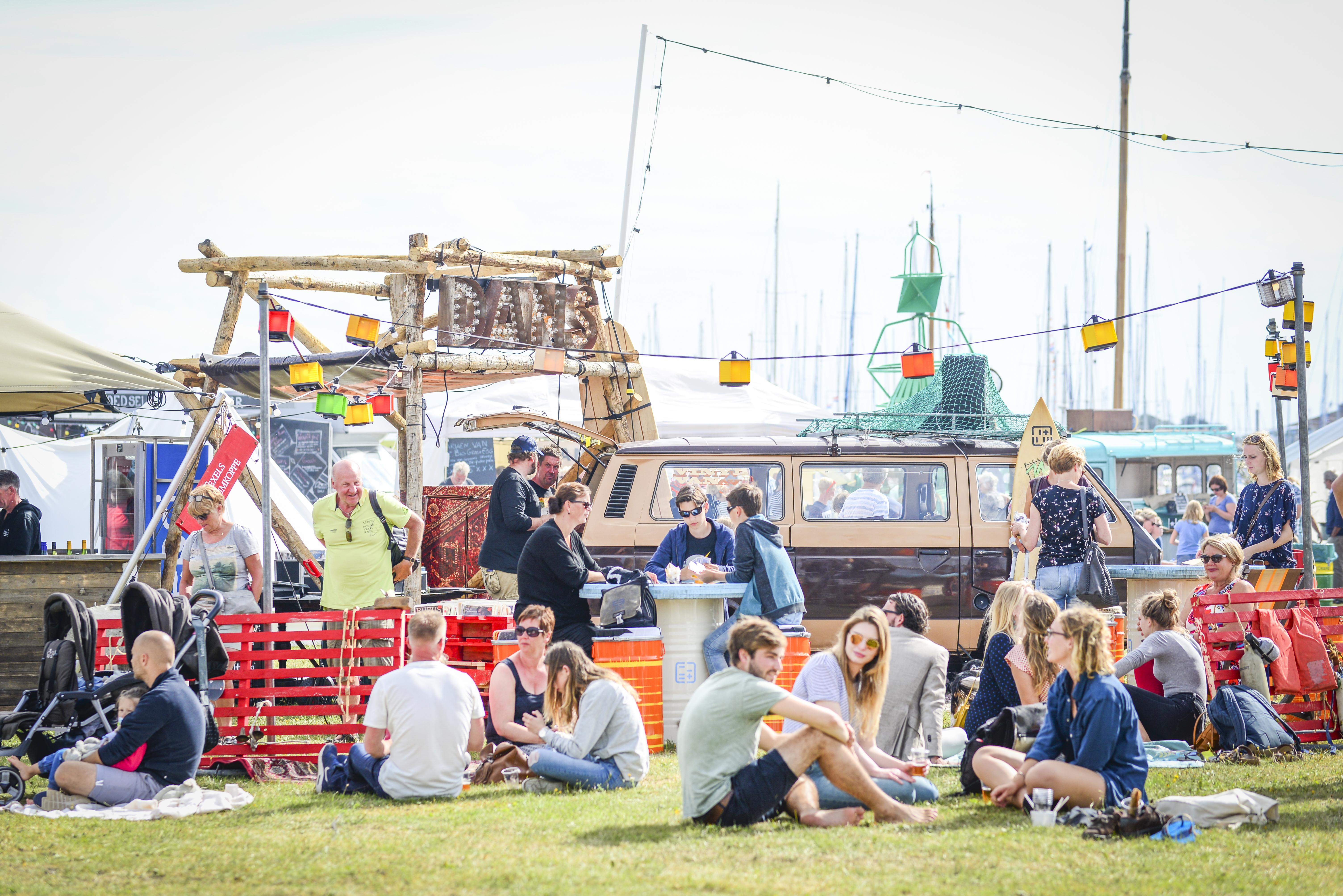 Beach Food Festival Oudeschild Waddenstrand 2017 fotograaf Liselotte Schoo VVV Texel