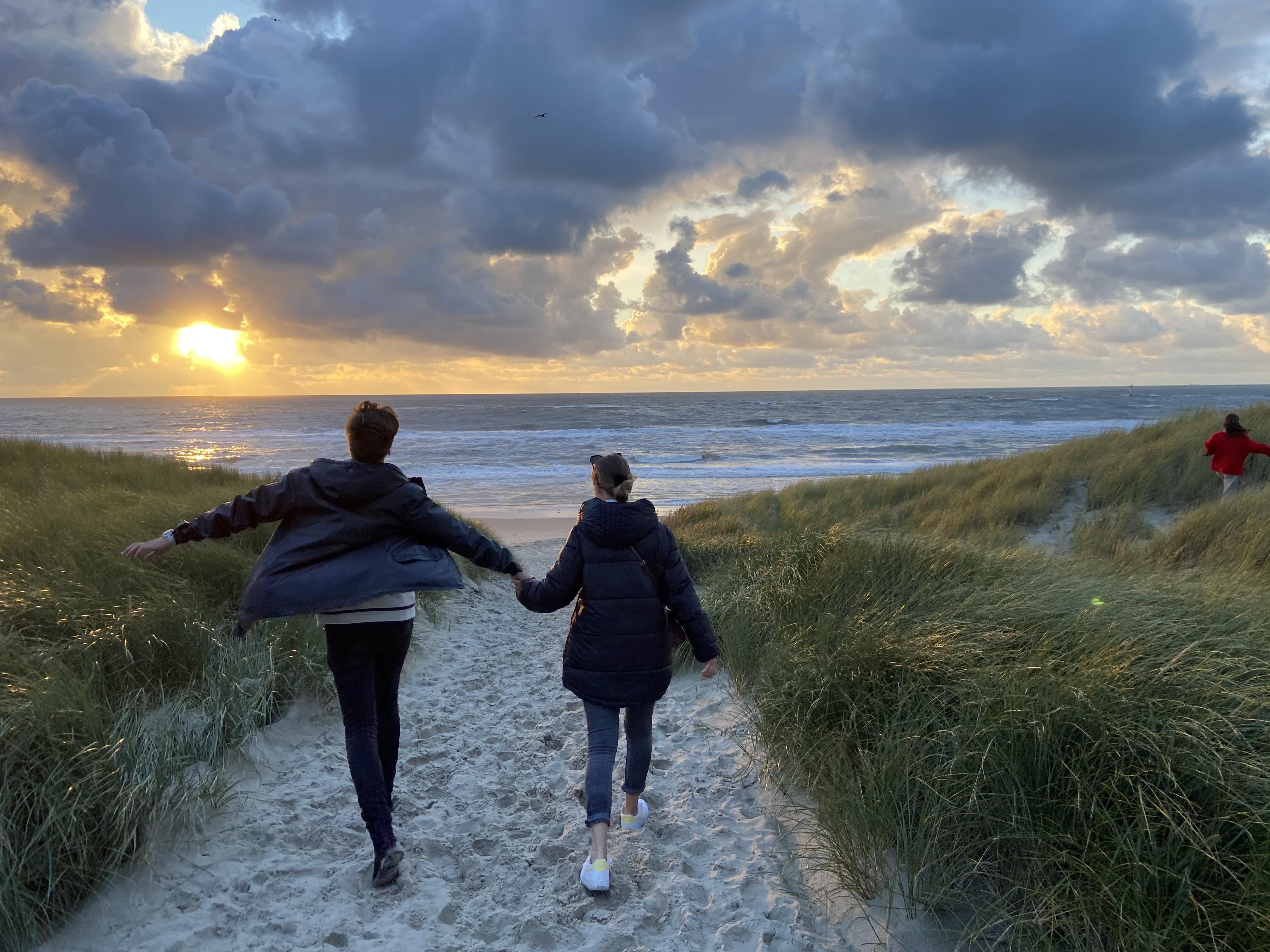 Uitwaaien op het strand VVV Texel Fotograaf Ulrike Fuths