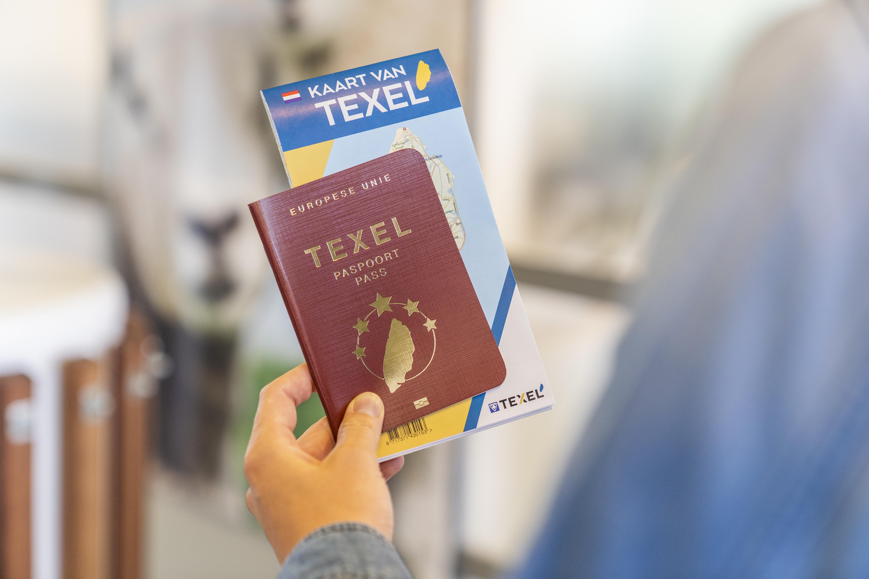 Texel Paspoort en kaart van Texel VVV Texel