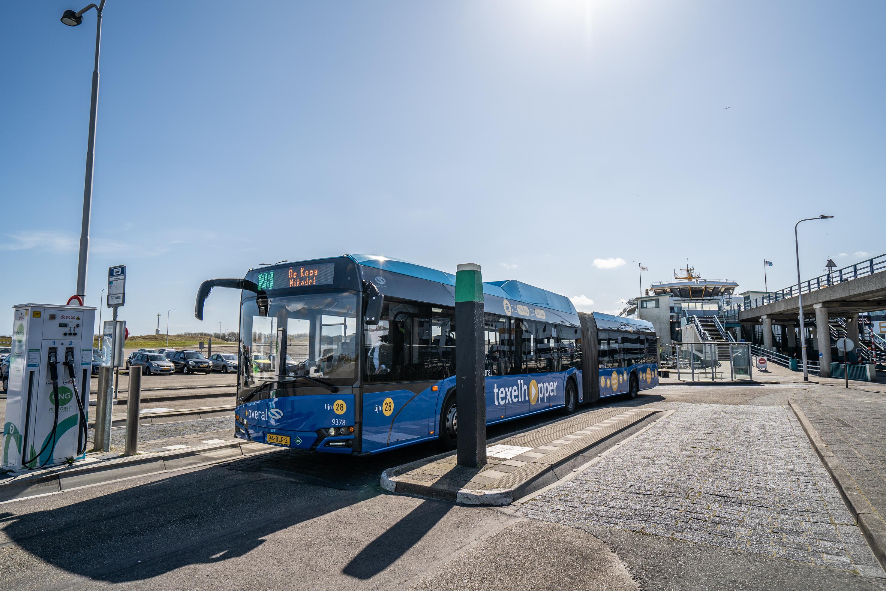 Busstation bij de boot op Texel VVV Texel 6