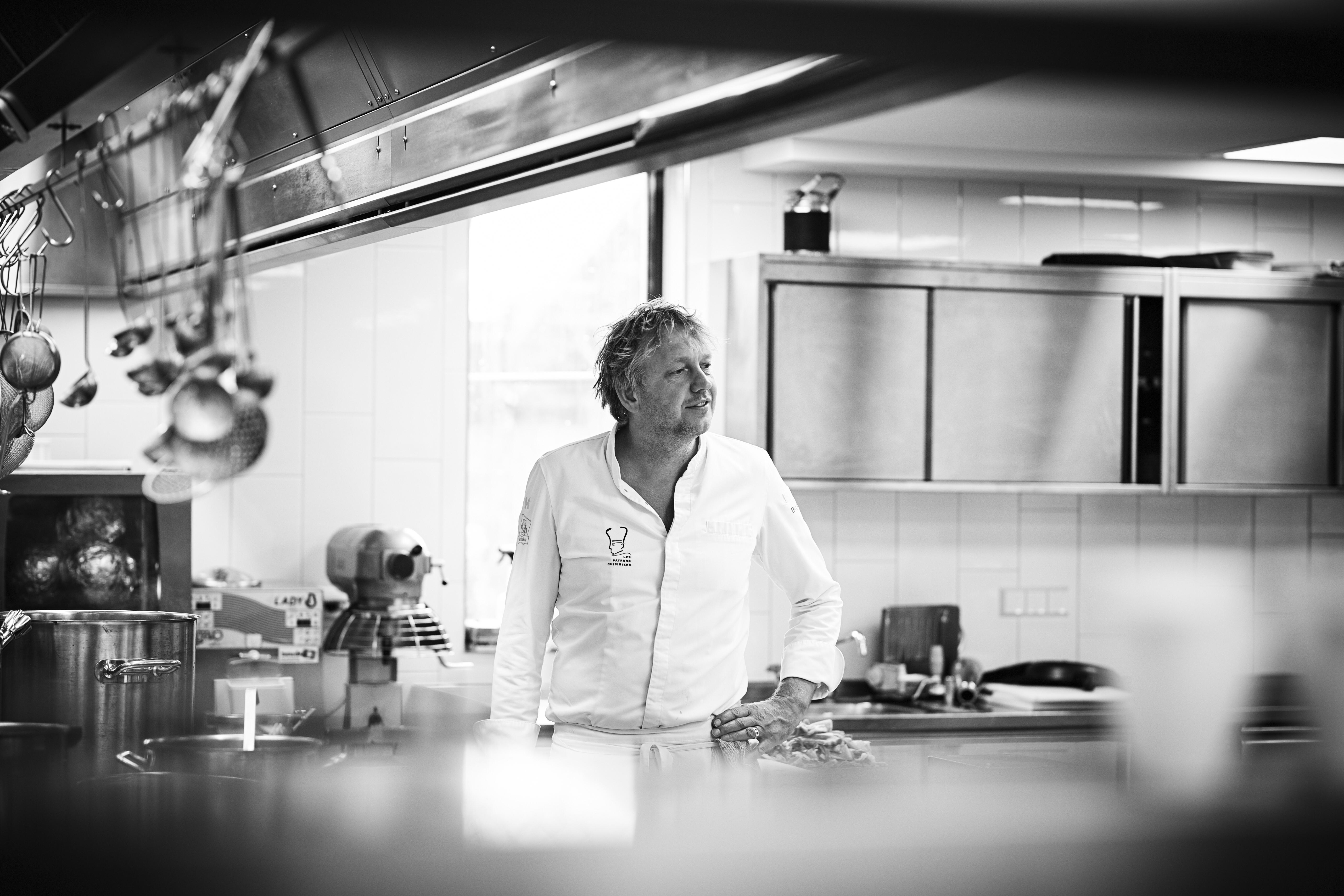 Portret Bij Jef in de keuken VVV Texel